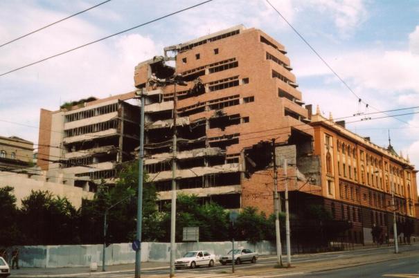 Serb-milit-bomb-nato